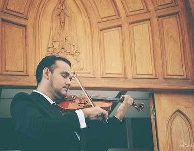 Violinista Alejandro Magallanes